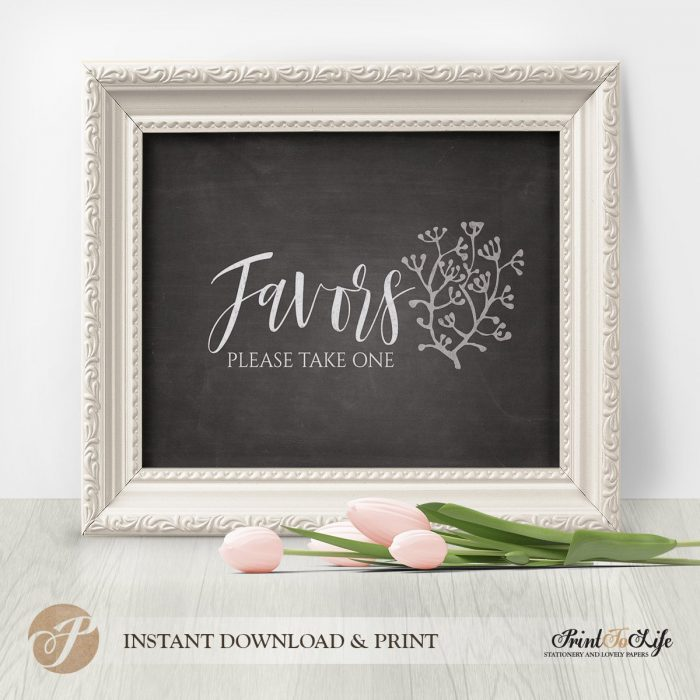 Wedding Favors Sign by Printolife